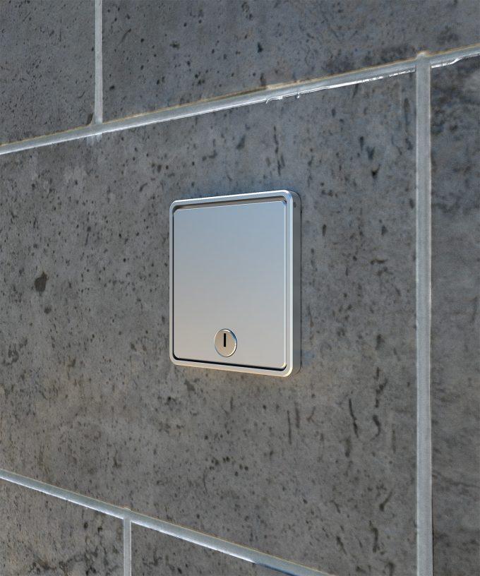 Wandsteckdose 5501A mit geschlossenem Deckel eingebaut in der Wand