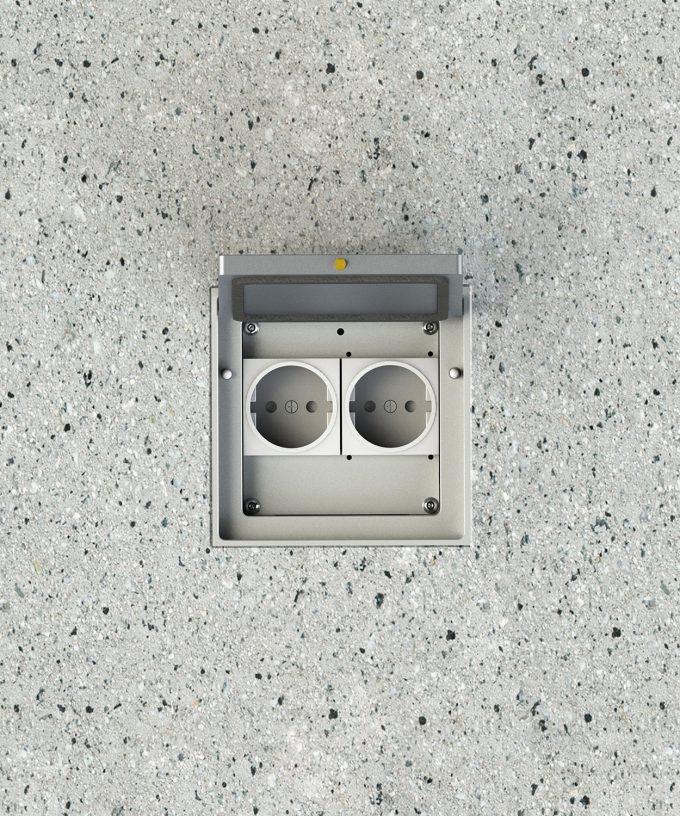 Bodensteckdose 8702A Schutzart IP65 im Boden eingebaut Klappdeckel offen Ansicht von oben